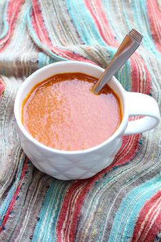 This basic tomato soup recipe is a great base for other soups. Try adding black beans, onions, peppers, corn and cumin to turn it into a Southwest style soup. You can also add plain rice or macaroni to make it a bit heartier! Fast Dinners, Easy Meals, Real Food Recipes, Vegan Recipes, Tomato Soup Recipes, Easy Appetizer Recipes, Healthy Eating, Soups, Stuffed Peppers