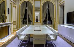 Custom conference table - Decca Contract