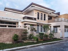 Myhaybol - photo gallery of real homes in the Philippines showcasing Filipino architecture and interior design. Bungalow Haus Design, Modern Bungalow House, Model House Plan, Dream House Plans, Simple House Design, Modern House Design, Modern House Philippines, Filipino House, Gate Designs Modern