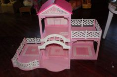 Barbie Pink-N-Pretty Doll House