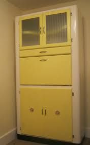 More than Height Glass Kitchen Vintage/Retro Cabinets Kitchen Larder Cupboard, Kitchen Units, Kitchen Ideas, Glass Kitchen, Kitchen And Bath, Kitchen Dining, Kitchen Decor, Dining Table, Vintage Kitchen Cabinets