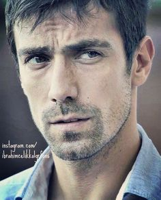Ibrahim Çelikkol Black And White Love, Lovely Eyes, Turkish Actors, Best Actor, Gq, Sexy Men, American Eagle Outfitters, Tv Shows, Handsome