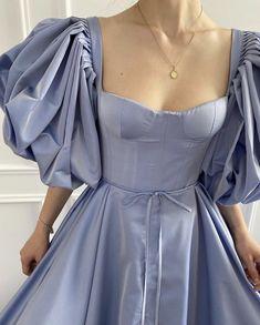 Grad Dresses, Ball Dresses, Ball Gowns, Evening Dresses, Pretty Outfits, Pretty Dresses, Beautiful Dresses, Elegant Dresses, Formal Dresses