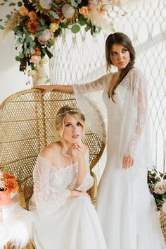Autumn hues, bohemian vibes, and bridal fashion that exudes a free spirited elegance? Mark us down for a 'yes!' Because the pretty. 2015 Wedding Dresses, Wedding Dress Styles, Bridal Dresses, Wedding Gowns, Bridesmaid Dresses, Lace Weddings, Boho Wedding, Wedding Bride, Wedding Ideas
