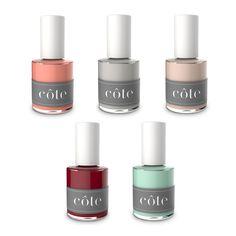 CÔTE nail polish - coleção de esmaltes lançada pelo exclusivo spa de unhas de Brentwood, Los Angeles -favorito de celebridades como Oprah Winfrey. A linha é toda 5 free (livre de ingredientes tóxicos) e dispõe de mais de 100 cores. Vende online, na loja de Los Angeles. Preço Médio: US$ 16. #cosmeticdetox #cote #5free