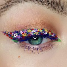 """163 Likes, 16 Comments - ▪ A g i Z u k ▪ (@agizukmakeup) on Instagram: """"Today was super sunny and actually quite warm in London.. so naturally flower power eyeliner!…"""""""
