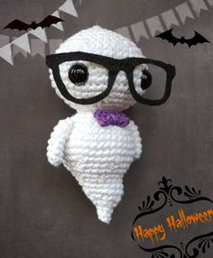 Crafteando, que es gerundio: Patrón: el fantasma hipster// Pattern: the hipster ghost Amigurumi for Halloween