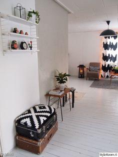 Olohuone - Sisustuskuvia jäseneltä MiiMii - StyleRoom Marimekko, Home Decor, House, Decoration Home, Room Decor, Home Interior Design, Home Decoration, Interior Design
