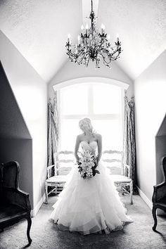 Sleepy Ridge Weddings & Events | Utah Venue | Sunset Bride's Room | Bride | S.W. Portraits