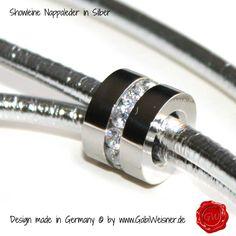 Exklusive Showleine aus Nappaleder in Silber-metallicmit Handschlaufe und Kehlkopfschutz