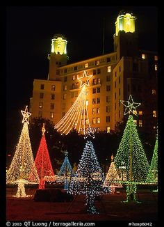 Christmas lights and Arlington Hotel. Hot Springs, Arkansas, USA,Part of gallery of color pictures of USA by professional photographer QT Luong, available as prints or for licensing. Christmas Yard, Christmas Scenes, Outdoor Christmas, Christmas Lights, Christmas Holidays, Merry Christmas, Xmas, Arkansas Usa, Hot Springs Arkansas