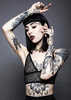 #HannahPixie #tattoo #whiteskin.