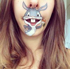 Artist Creates Beautiful Lip-Painting With MakeUp