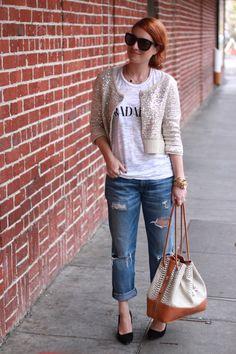 Love boyfriend jeans and black heels