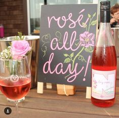Rosé all day! National Rosé day!- See our favorite Rosé Party Ideas on B. Lovely Events! 40th Birthday Party For Women, 33rd Birthday, Yes Way Rose, Love Rose, Wine Parties, Summer Parties, Rose Cookies, Wine And Cheese Party, Champagne Party