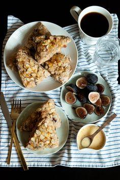 Fig Orange & Almond Scones #recipe