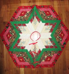"""REVERSIBLE Christmas TREE Skirt 43"""" Diameter Quilted Star Patchwork Style with Six-Fabric Flip Side"""