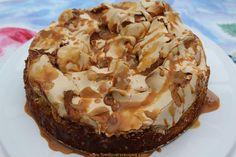 KOFFIE MERINGUE KOEK Baking Recipes, Cake Recipes, Dessert Recipes, Kos, Caramel Treats, Pudding Desserts, Meringue Desserts, Moist Cakes, Sweet Tarts