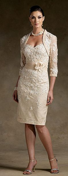 I think this is perfect for a non traditional wedding dress...I could totally rock this dress!