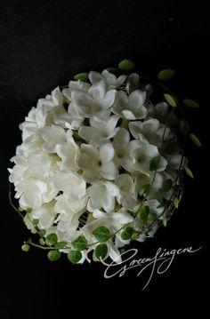 Stephanotis Posy ❤ Greenfingers Wedding Bouquets, White Bouquets, Flower Art, Wedding Inspiration, Wedding Ideas, Floral Design, Bloom, Bridal, Beautiful Bouquets