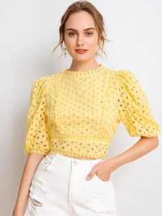 Cute Skirt Outfits, Crop Top Outfits, Latest Outfits, Fashion Outfits, Moda Do Momento, Tops Vintage, Crop Top Designs, Mode Top, Fancy Tops