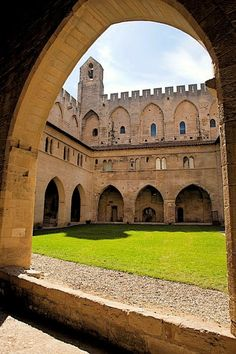 Palais des Papes is a sight you must in Avignon! Vacation Places, Places To Travel, Places To See, Provence France, Paris France, Belle France, French Castles, Historical Architecture, Parcs