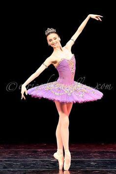Svetlana Zakharova in Le Corsaire. Ballet Poses, Ballet Dancers, Swan Lake Ballet, Ballet Dance Photography, Purple Tutu, Paris Opera Ballet, Svetlana Zakharova, Ballerina Project, Misty Copeland