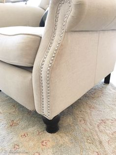 The Perfect Recliner – 11 Magnolia Lane Chic Living Room, New Living Room, Living Room Chairs, Living Room Decor, Living Area, Farmhouse Recliner Chairs, Reclining Sectional With Chaise, Stylish Recliners, Dining Room Furniture Sets