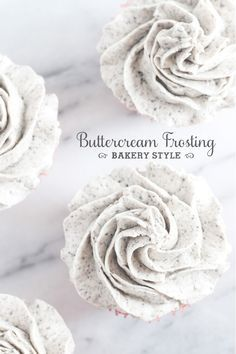 Finally, a REAL recipe for that incredible bakery style buttercream frosting! Finally, a REAL recipe for that incredible bakery style buttercream frosting! Frost Cupcakes, Oreo Cupcakes, Gourmet Cupcakes, Strawberry Cupcakes, Velvet Cupcakes, Easter Cupcakes, Flower Cupcakes, Christmas Cupcakes, Vanilla Cupcakes