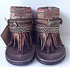 ➳➳➳☮ American Hippie Bohemian Boho Feathers Gypsy Spirit Style ~ Sandals
