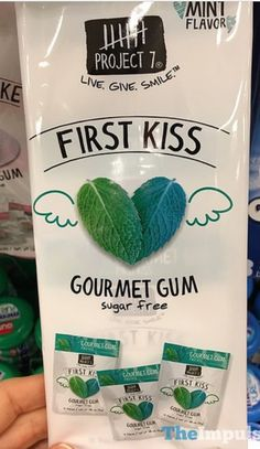 Project 7 First Kiss Mint Gum Gum Flavors, Mint Gum, Crunch Cereal, Mint Candy, Chewing Gum, First Kiss, Coconut Water, Diet Tips, Gourmet
