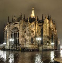 Duomo, Milano.  and Her la Madunina  Milan Cathedral and The Madonna  Groundbreaking: 1386