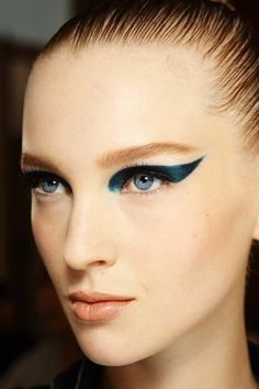 Atelier Versace | Backstage Beauty