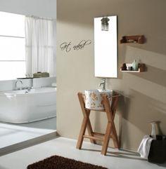 Lekker dekor til badet. Veggordet måler H: 12 cm B: 32 cm Tilgjengelig i sort