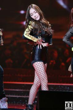 SNSD Jessica Taeyeon Jessica, Jessica & Krystal, Jessica Jung, Kpop Girl Groups, Kpop Girls, Tiffany Girls, Korean Babies, Soyeon, Sexy Asian Girls