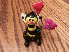 Bumble bee - crafted by Paula Wroblinski
