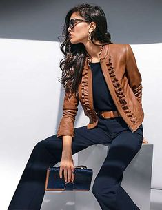 A style highlight made of sumptuous nappa lamb in this leather jacket from MADELEINE. Playful ruffles along the stand-up collar, hems and front edges form fabulously feminine accents. Madeleine Fashion, Outfits Damen, Jackets For Women, Clothes For Women, Fashion Branding, Everyday Fashion, Stylish Outfits, Casual Looks, Women's Jackets