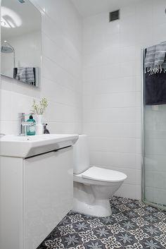 Bathroom with Marrakech tiles