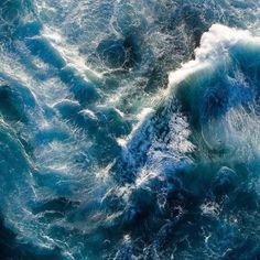 Beautiful Ocean Vibes.  Pic via: @olymli . . . . #drones #dji #dronegear #dronestagram #droneoftheday #dronefly #aerialphotography #dronesdaily #quadcopter #phantom4 #dronephotography #inspire1 #dronephoto #dronelife #phantom3 #fromwhereidrone #djiglobal #djiphantom #djiinspire1 #travelonfire #travel #adventure #instatravel #traveltheworld #wonderful_places #travelphotography #bestvacations #gopro #travelingram