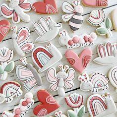 Valentines Day Cookies, Valentines Food, Birthday Cookies, Holiday Cookies, Sugar Cookie Cakes, Iced Sugar Cookies, Royal Icing Cookies, Sweet Cookies, Cute Cookies