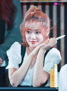 Seolhyun, Jimin, Hair Styles, Beautiful, Hair Plait Styles, Hairdos, Haircut Styles, Hairstyles, Coiffures
