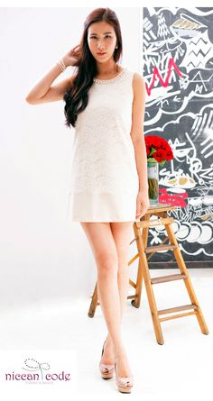 <ALL WHITE>   現在,說到注目色彩理所當然是白色!不論誰穿上都可以擁有春天感,也是讓人變得可愛的色彩噢!     以珍珠和LACE配上簡約的設計連身裙13dr1/珍珠手鏈/淺粉紅色的高跟鞋    如果你有任何問題,請Email(info@niccancode.com)/ Inbox message 給我們,niccan code 提供免費的配搭意見
