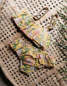 Bikini confeccionado en algodón 100% en tela estampada mostaza. Detalle de volante alrededor de toda la cintura terminado en remate rosa flúor. Louise Misha, Kids Fashion Blog, Kids Wear, Bikini, Arm Warmers, Photo And Video, Clothes, Instagram, Kid Styles