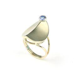 Home Sweet Home ring van goud met tanzaniet