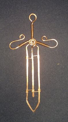 Pingente de Espada em cobre