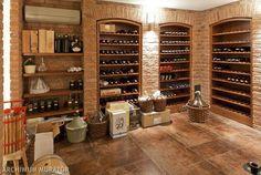 Znalezione obrazy dla zapytania jak  ustawiać  wino na  półce