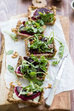 Roasted beetroot and goat cheese tart