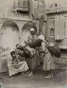 """Kahire'de Sucular,1880..."""