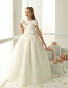 Cheap communion dresses, Buy Quality first communion dresses directly from China flower girl dresses Suppliers: Custom 2017 Ivory white flower girls dresses ball gown floor length cap sleeve bow satin first holy communion dresses Girls First Communion Dresses, Holy Communion Dresses, Girls Pageant Dresses, Baptism Dress, Girls Party Dress, Ball Dresses, Ball Gowns, Prom Dresses, White Communion Dress