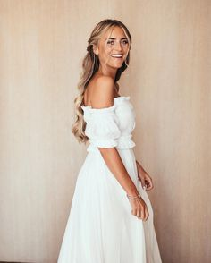 1.4m Followers, 199 Following, 3,634 Posts - See Instagram photos and videos from Janni Olsson Delér (@jannid) Wedding Pics, Wedding Bells, Wedding Stuff, Wedding Ideas, Minimalist Wedding Dresses, Bride Getting Ready, Wedding Hair And Makeup, Perfect Wedding, Dream Wedding